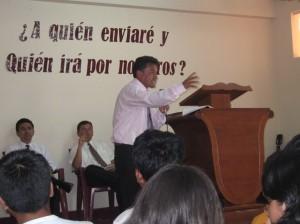 Pastor Pacheco en I. B. Buenas Nuevas