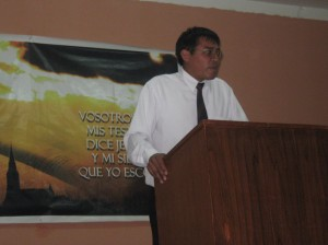 El Pastor Octavio Paredes