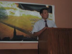 Luis Alberto predicando